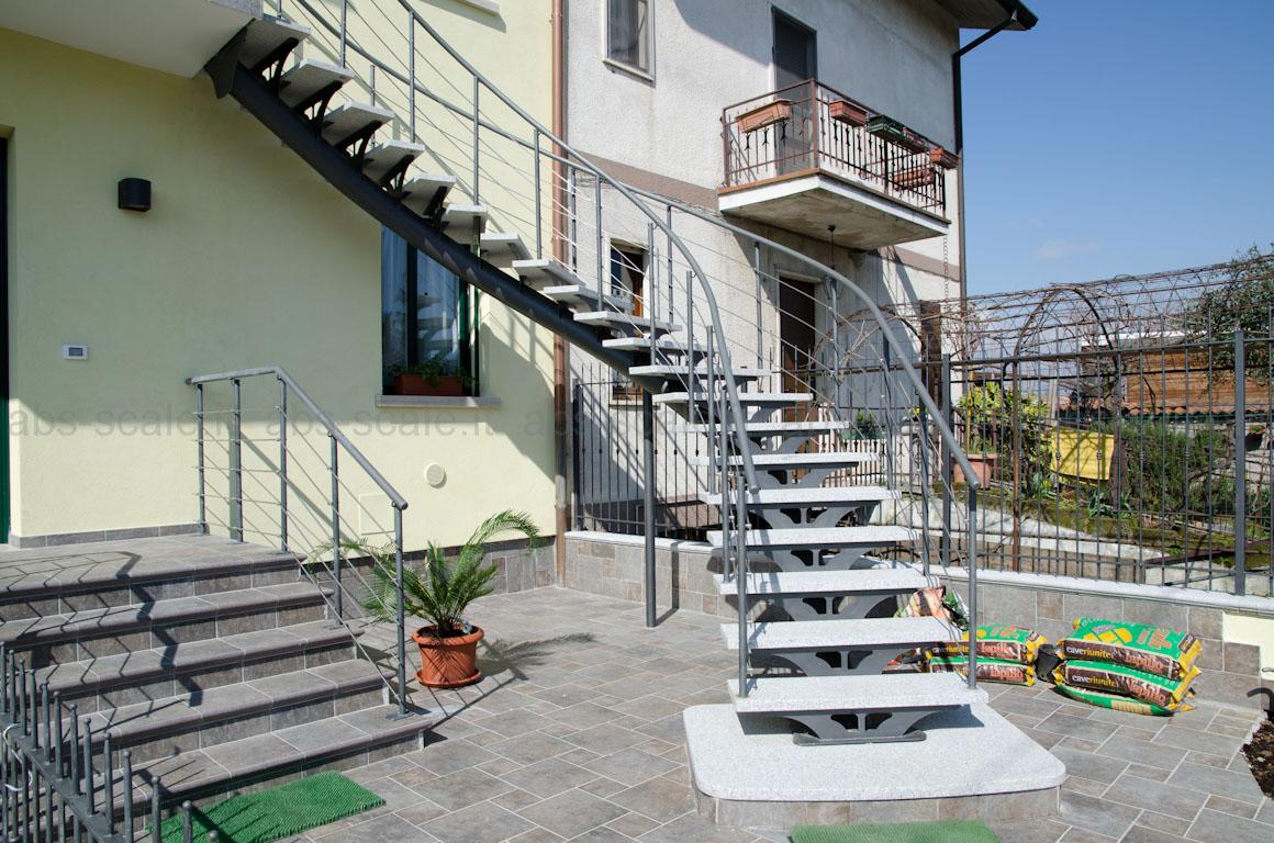 Abs scale scala esterna curvilinea a monotrave centrale for Opzioni di raccordo per l esterno della casa