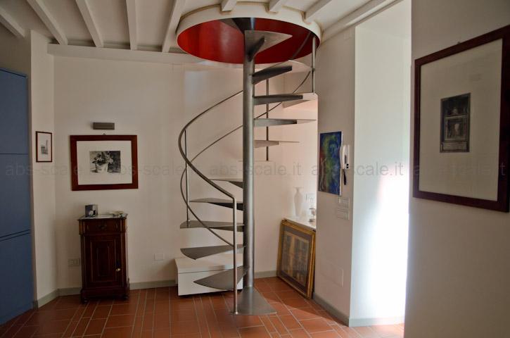 Abs scale scala a chiocciola in ferro a pianta tonda con for Quadrato della scala a chiocciola