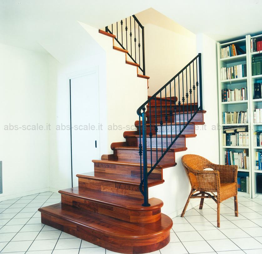 Abs scale rivestimento scala in muratura di tipo classico e ringhiera in ferro - Apertura solaio per scala interna ...